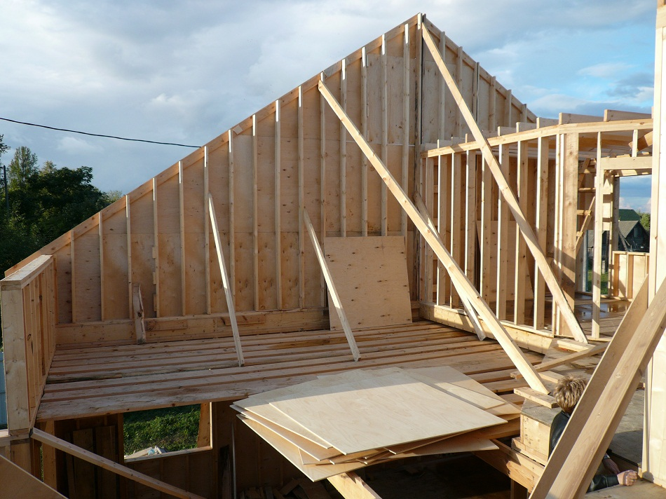 Чердак и крыша каркасника