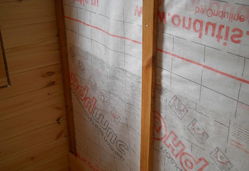 Обустройство пароизоляции для стен каркасного дома