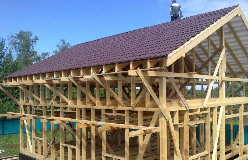 Строят дом