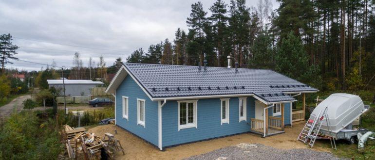 Каркасный дом, имеющий размеры 10 на 8