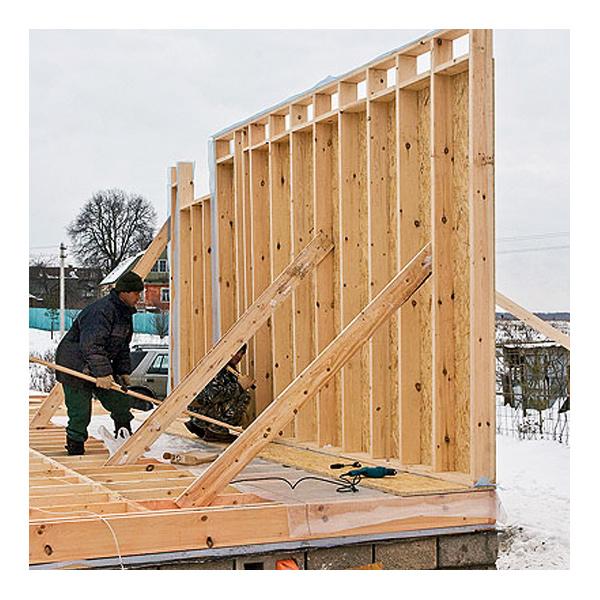 Возведение стен каркасного дома