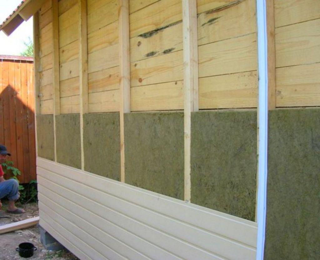 Утепление стены каркасного дома