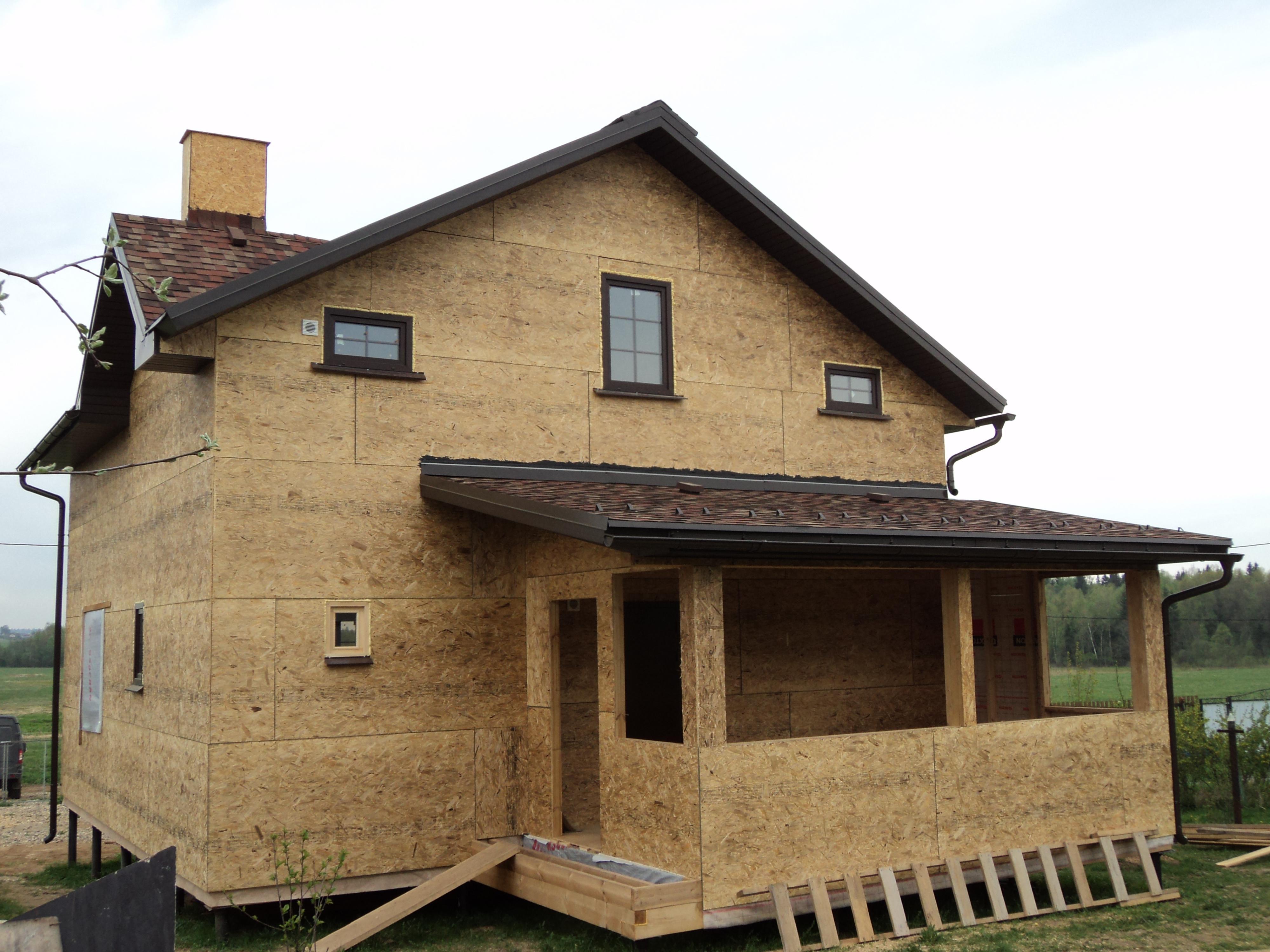 Двухэтажный каркасный дом без отделки